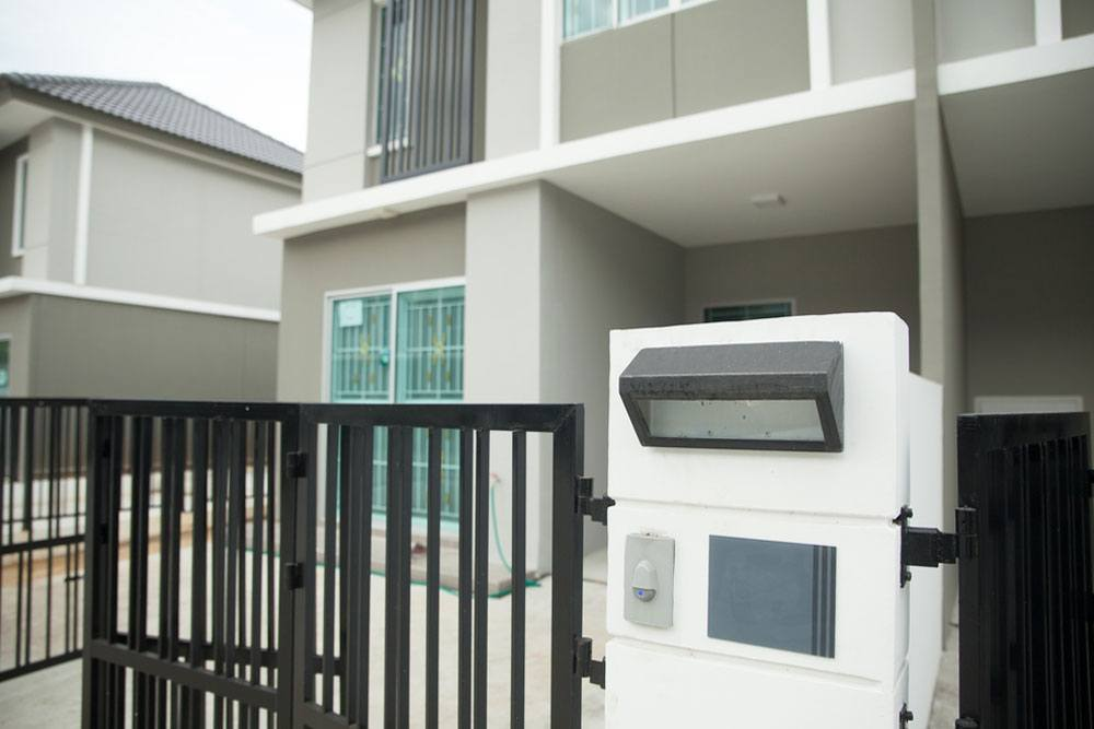 SE Electrical Services domestic door entry system